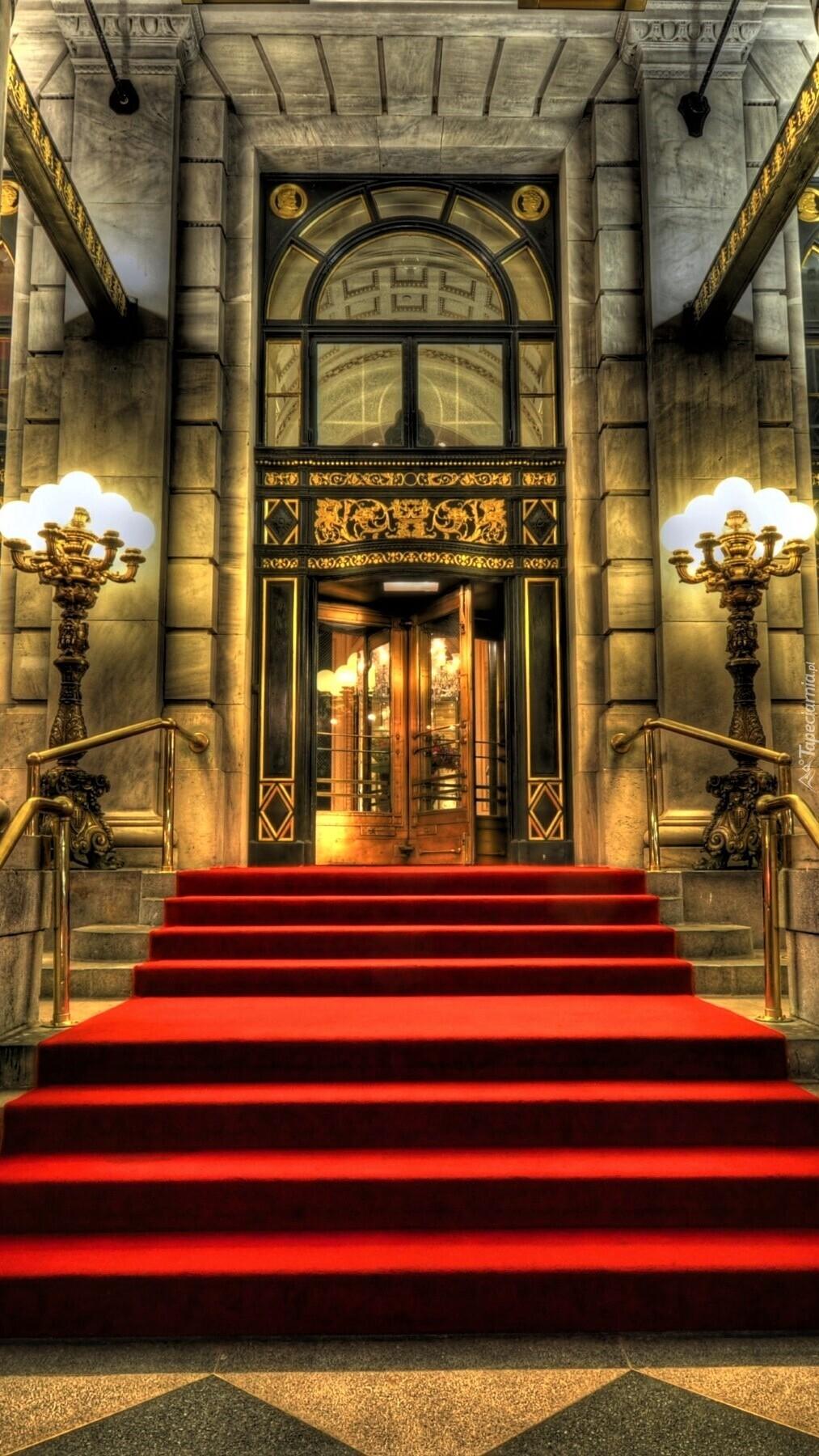 Wejście do hotelu Plaza w Nowym Jorku