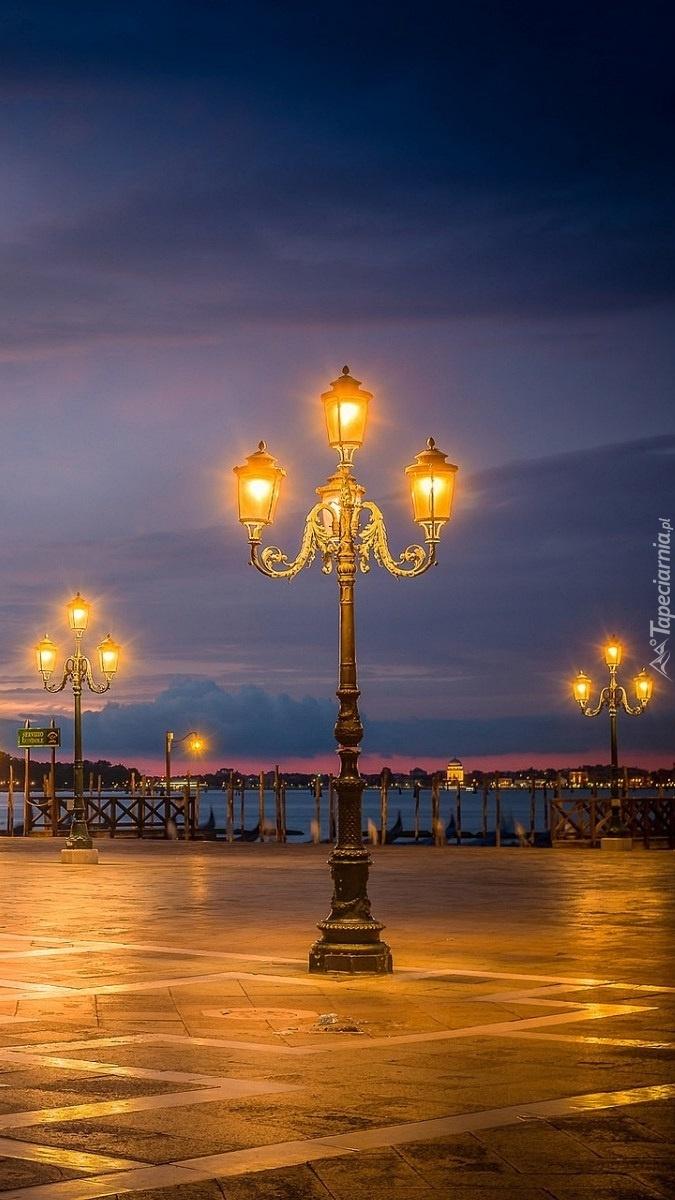 Weneckie latarnie