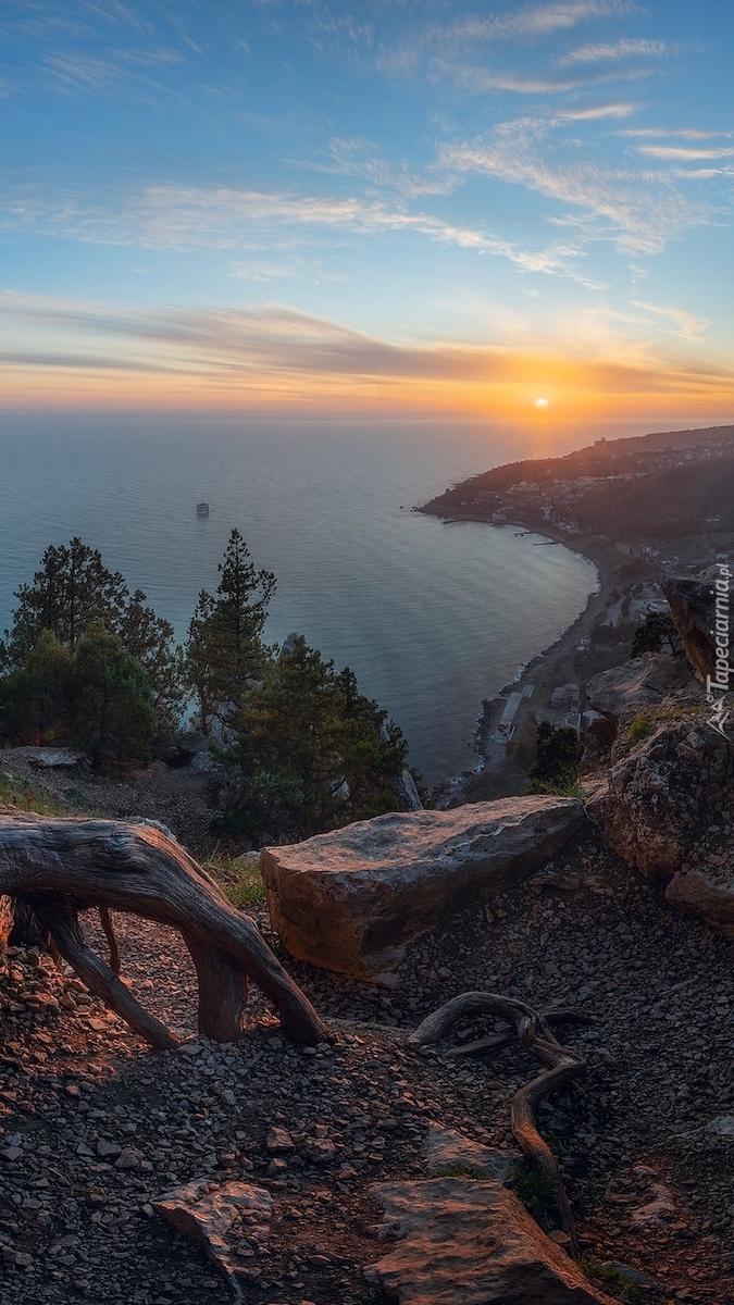 Widok ze skał na Morze Czarne
