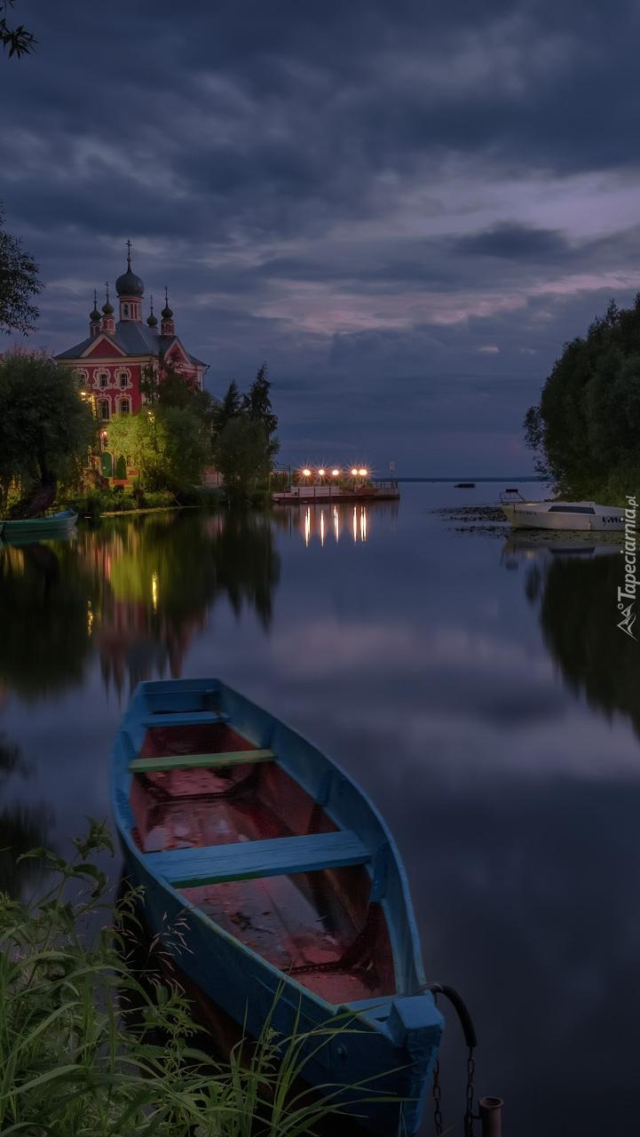 Wieczór nad rzeką