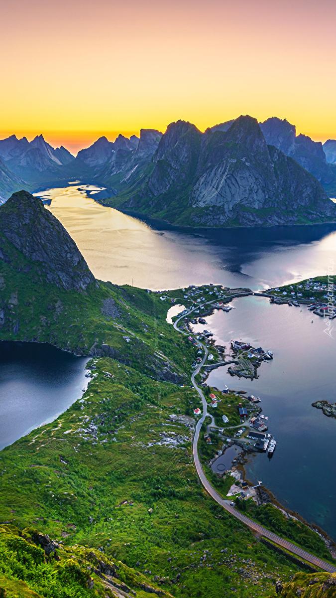 Wioska na norweskich Lofotach