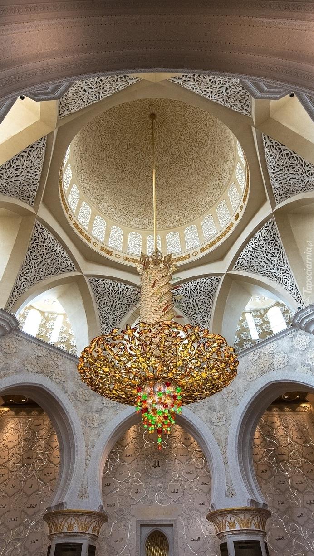 Wnętrze sali modlitewnej Wielkiego Meczetu Szejka Zajida