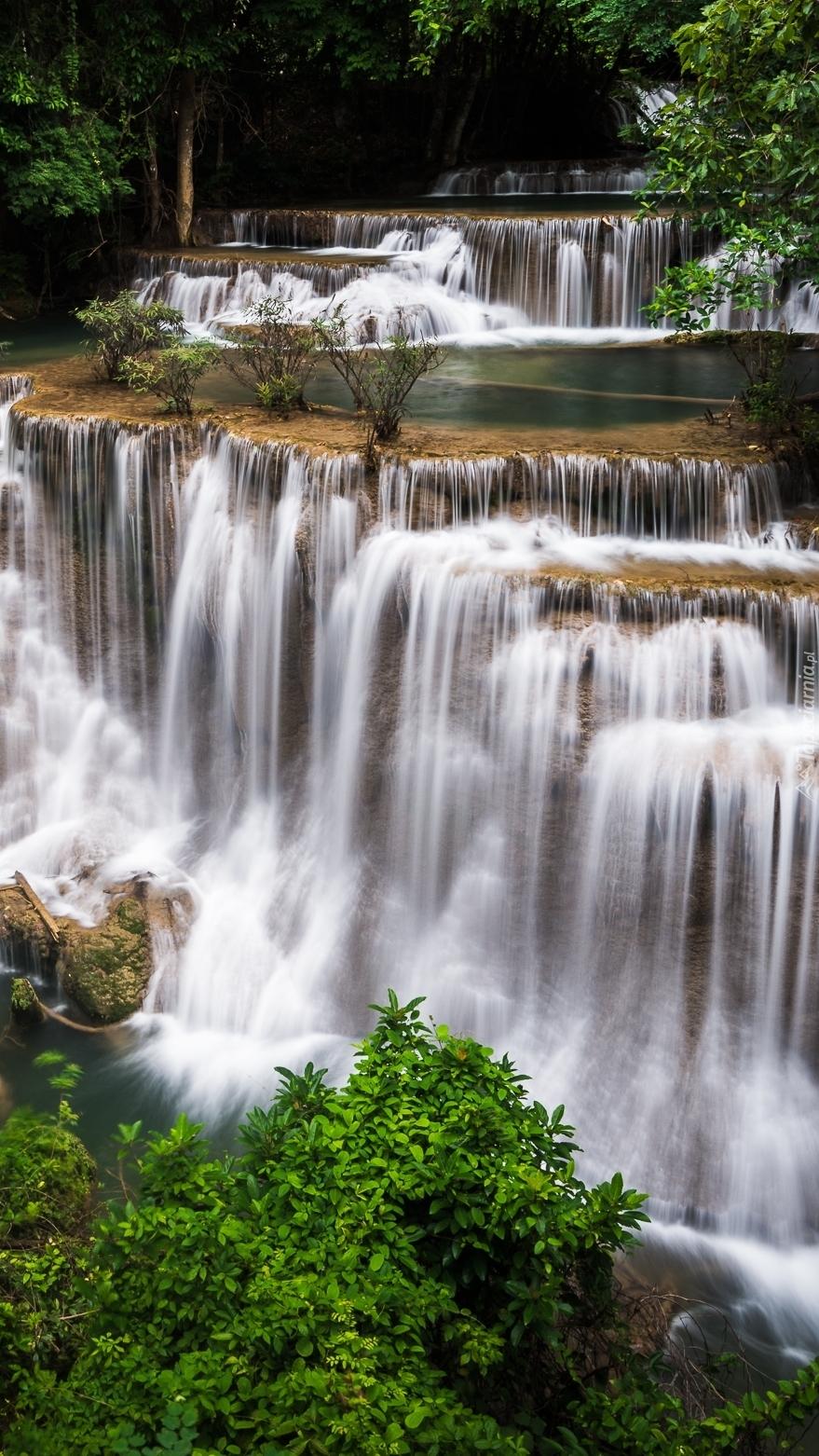 Wodospad Erawan waterfall