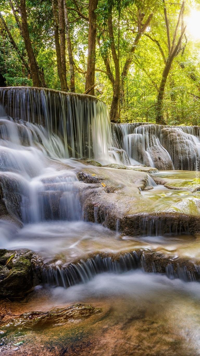 Wodospad kaskadowy