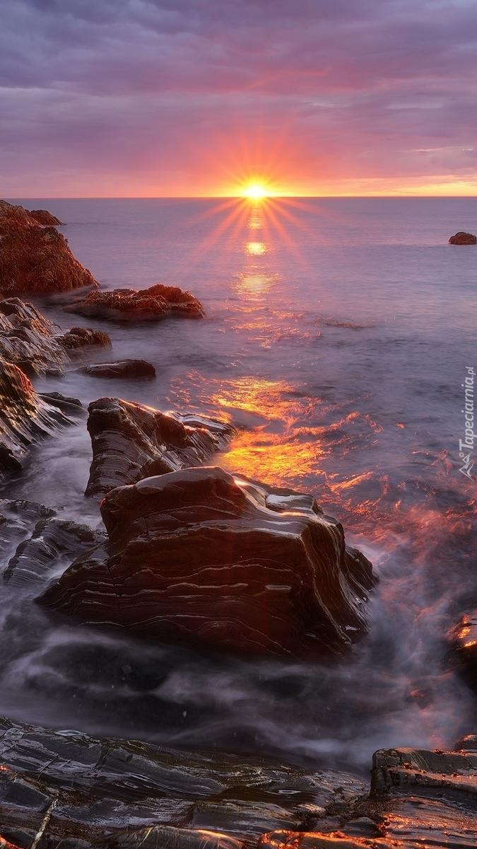 Wschód słońca nad morzem Barentsa