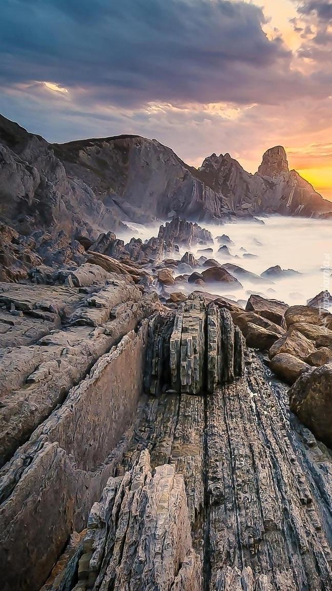 Wybrzeże Costa Quebrada w Hiszpanii