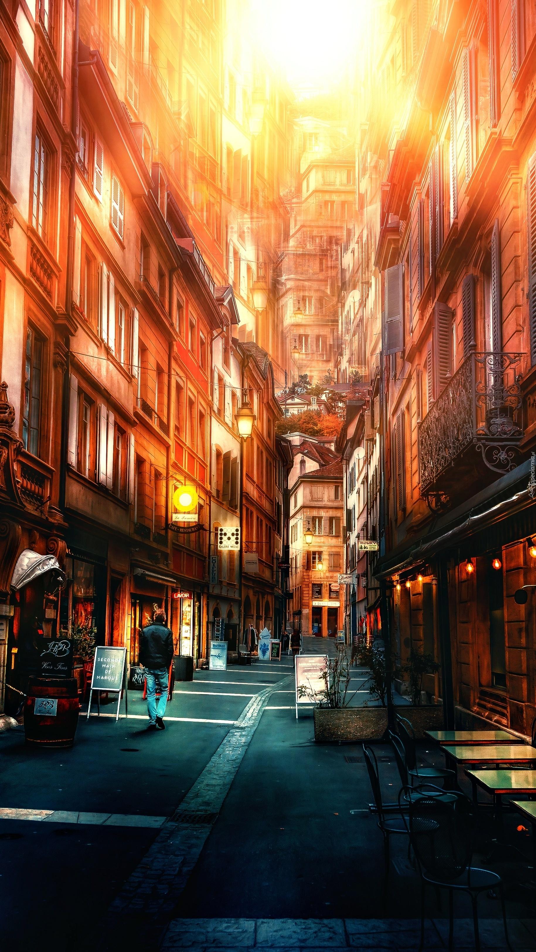 Wysokie domy w wąskiej uliczce