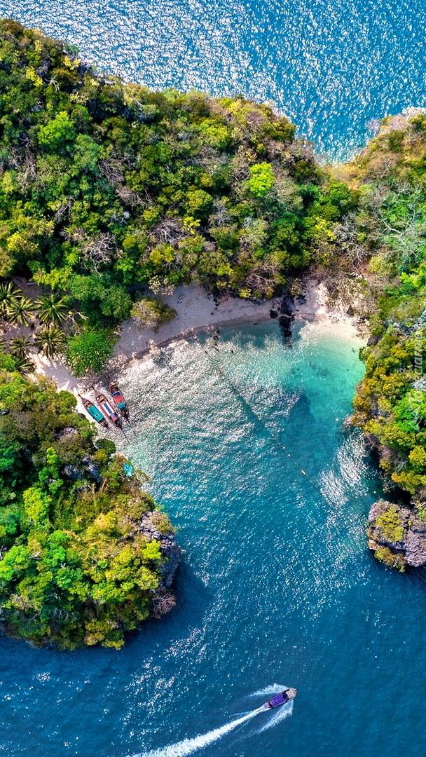 Wyspa Lao Rakhing w Tajlandii