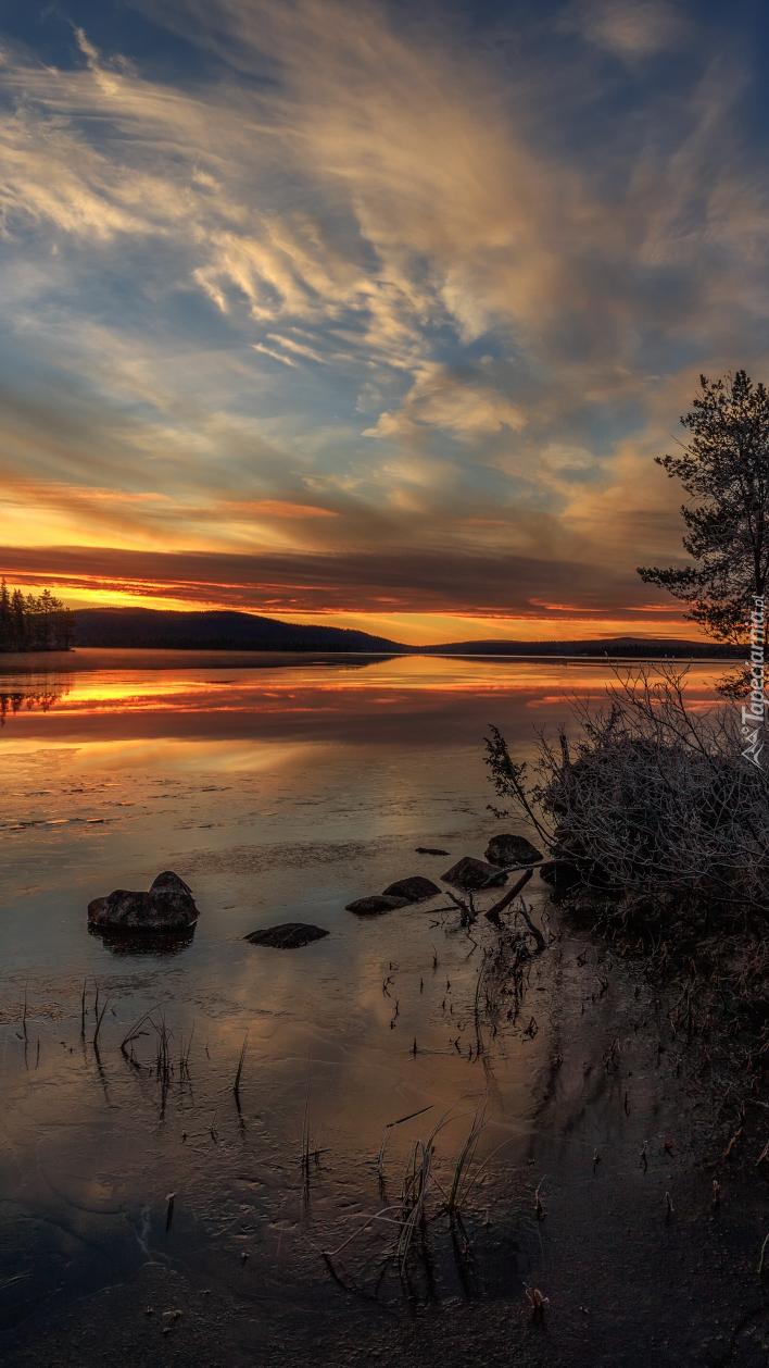 Zachód słońca nad rzeką Jerisjoki