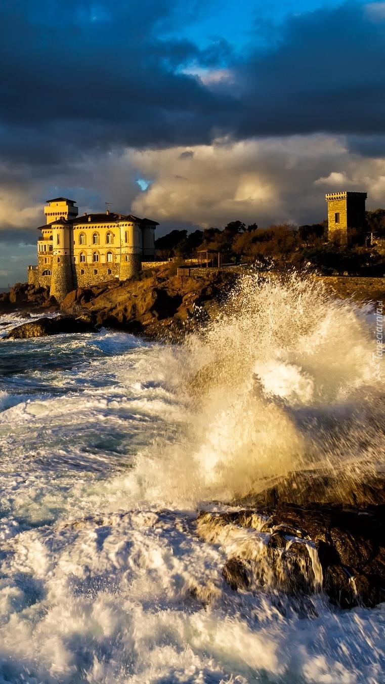 Zamek Boccale nad morzem