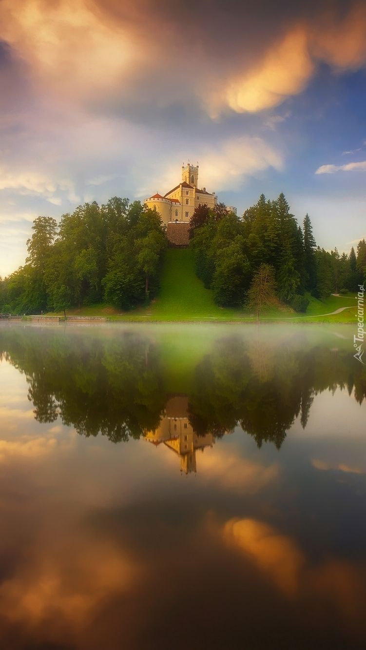 Zamek Trakoscan na wzgórzu