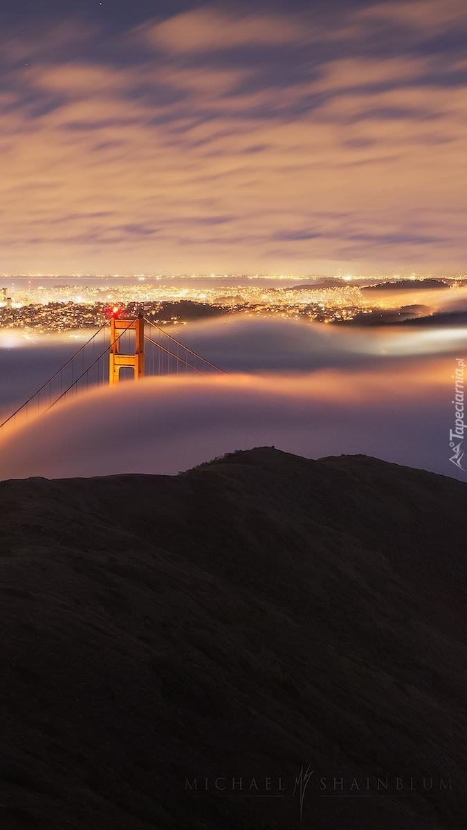 Zamglony most Golden Gate Bridge