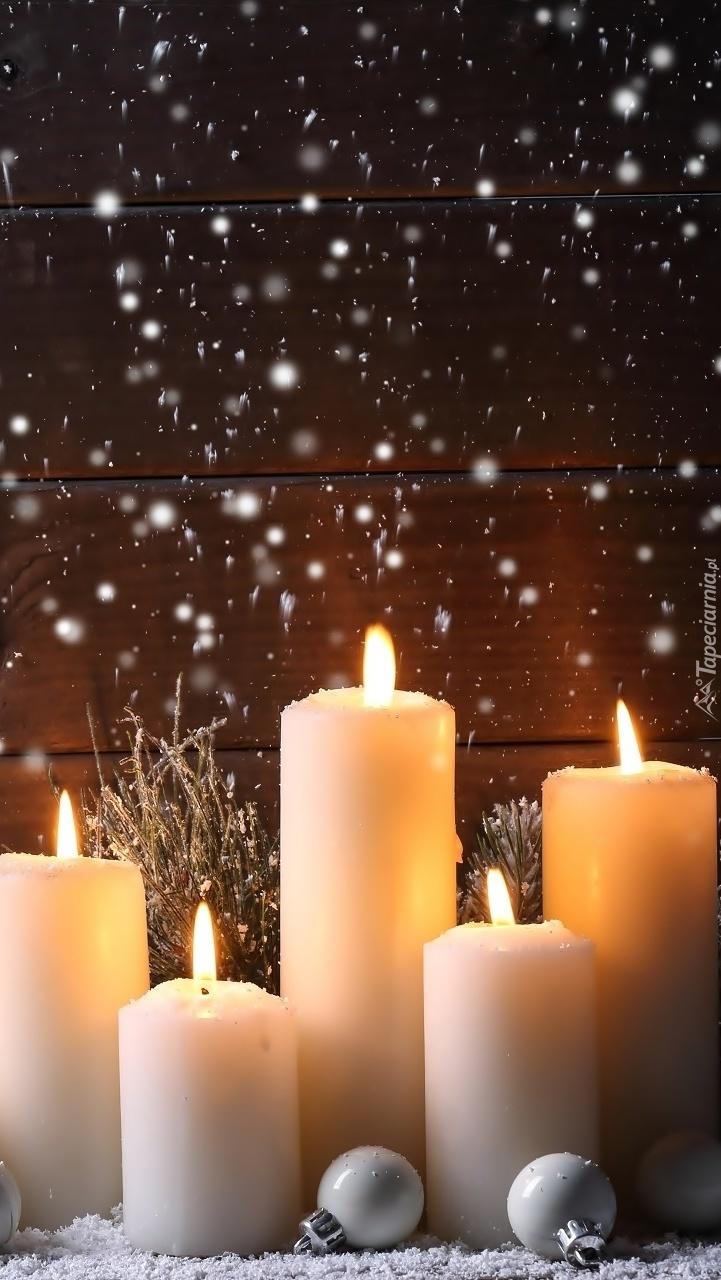 Zapalone świece