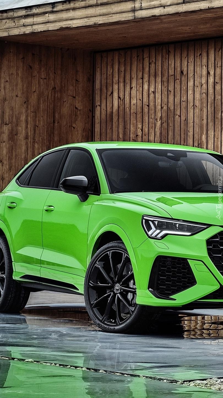 Zielone Audi RS Q3 Sportback