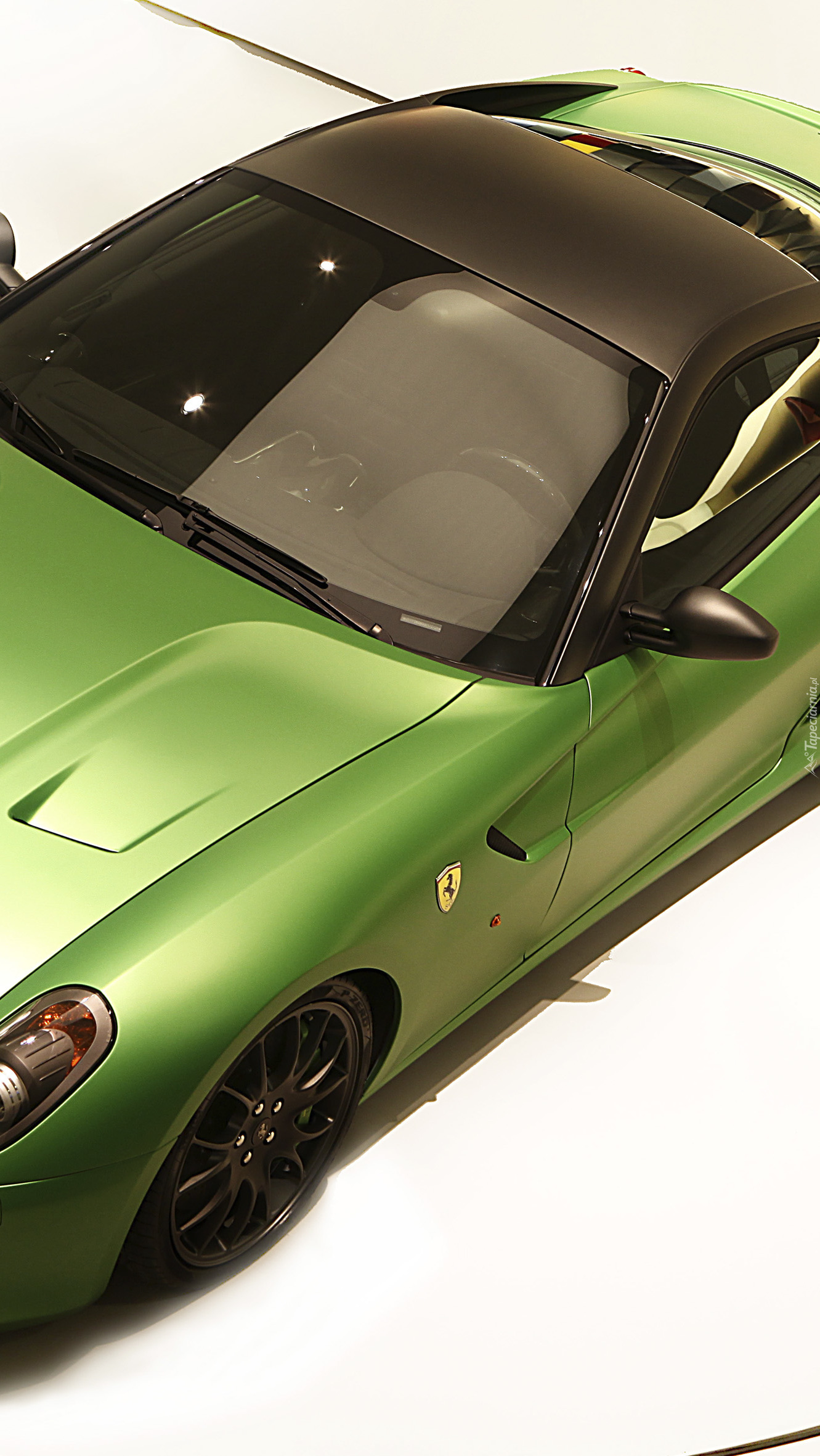 Zielone Ferrari 599