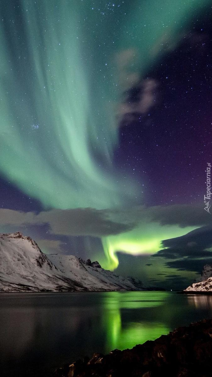 Zorza polarna w Islandii