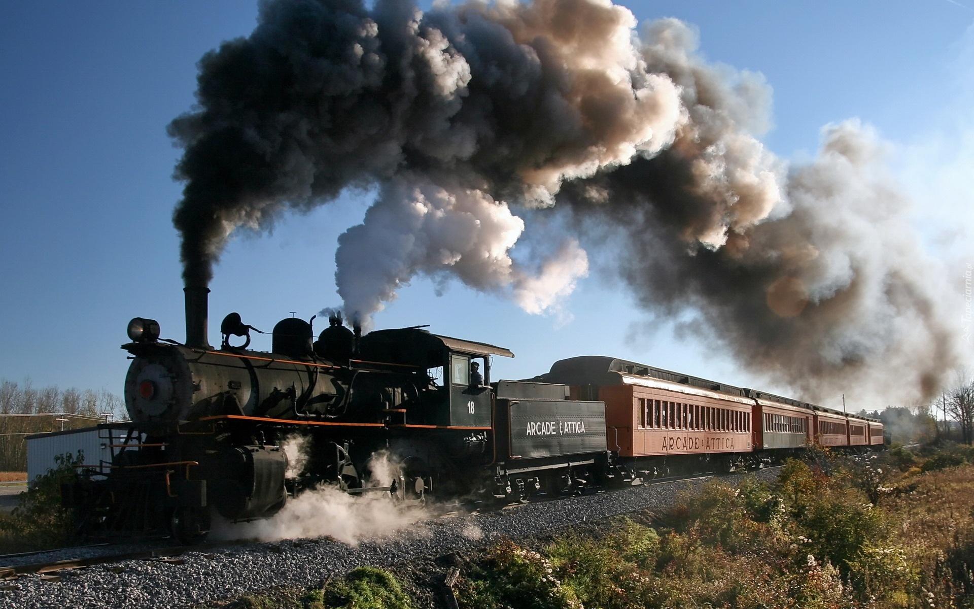 131589_lokomotywa_wagony_dym_tory.jpg