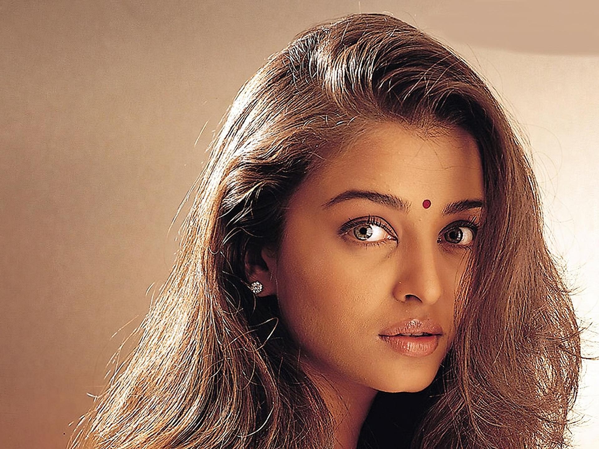 Смотреть онлайн бесплатно сестра индианка, Индийский фильм Сестры смотреть онлайн на русском 1 фотография