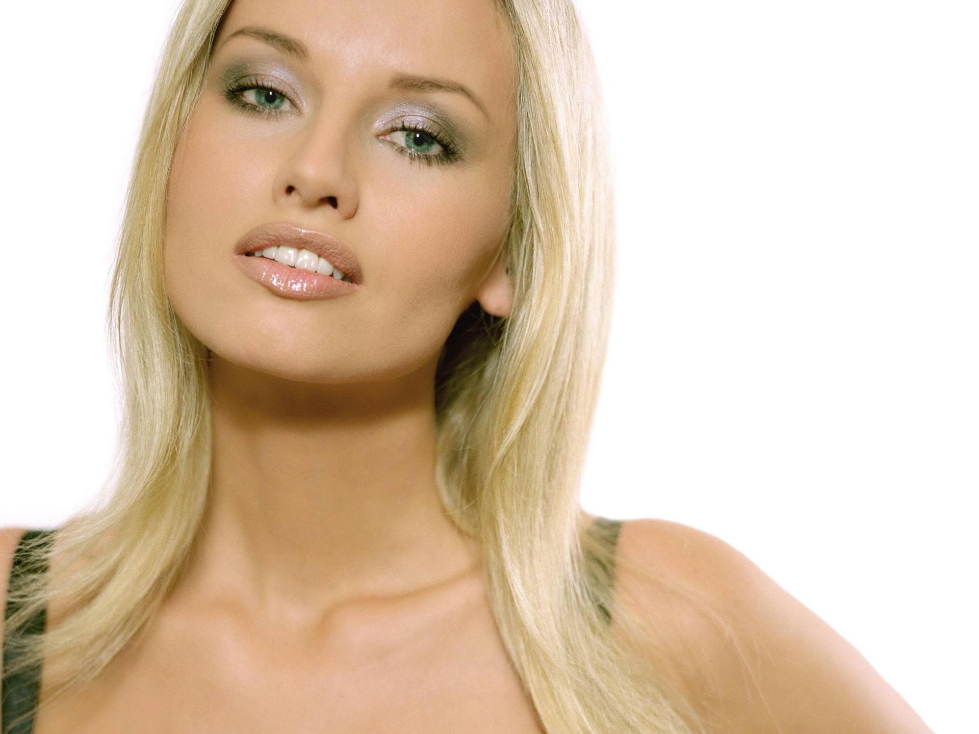 Lena Cova naked 22