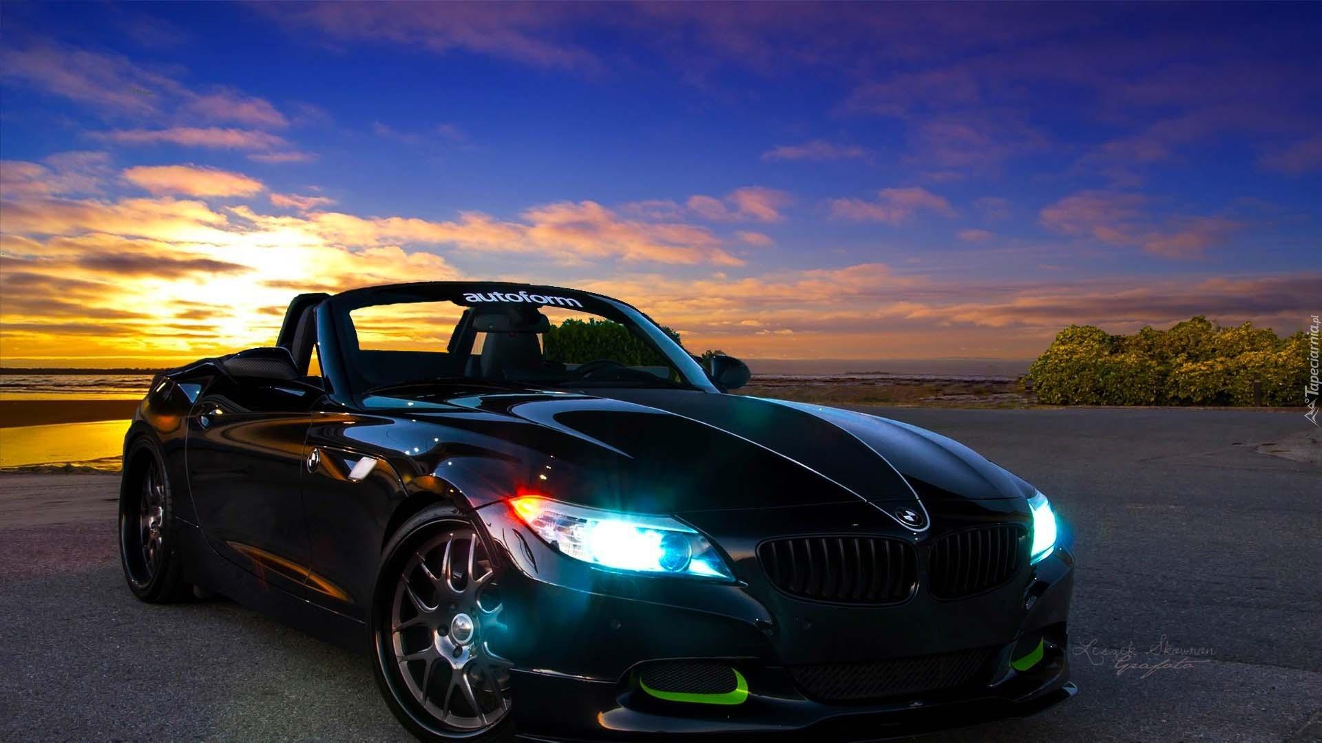 простой фотографии красивых машин в хорошем качестве только две