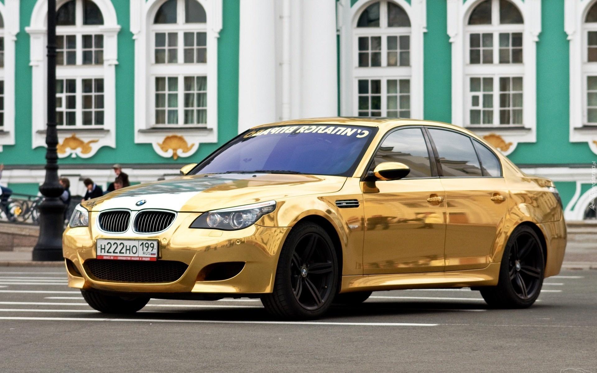 Złote Bmw 5 E60