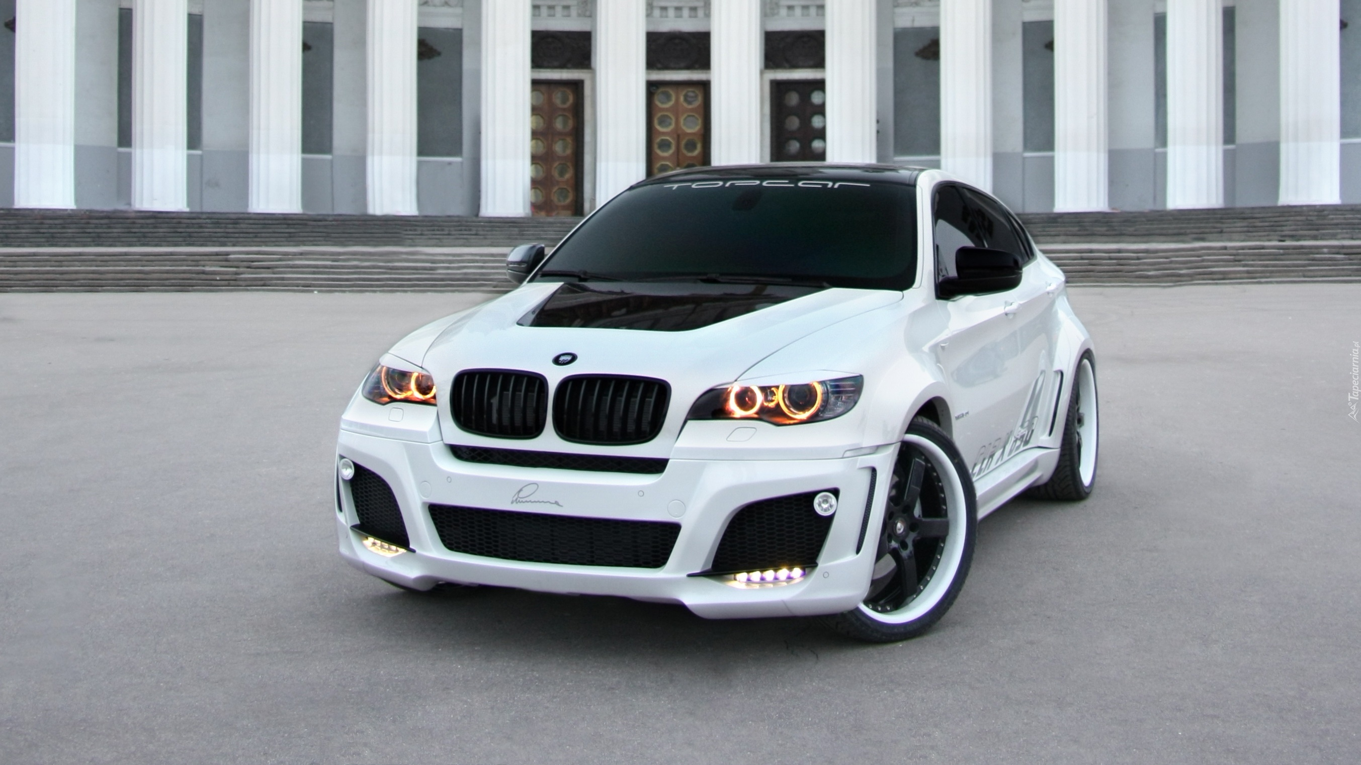 Białe Bmw X6