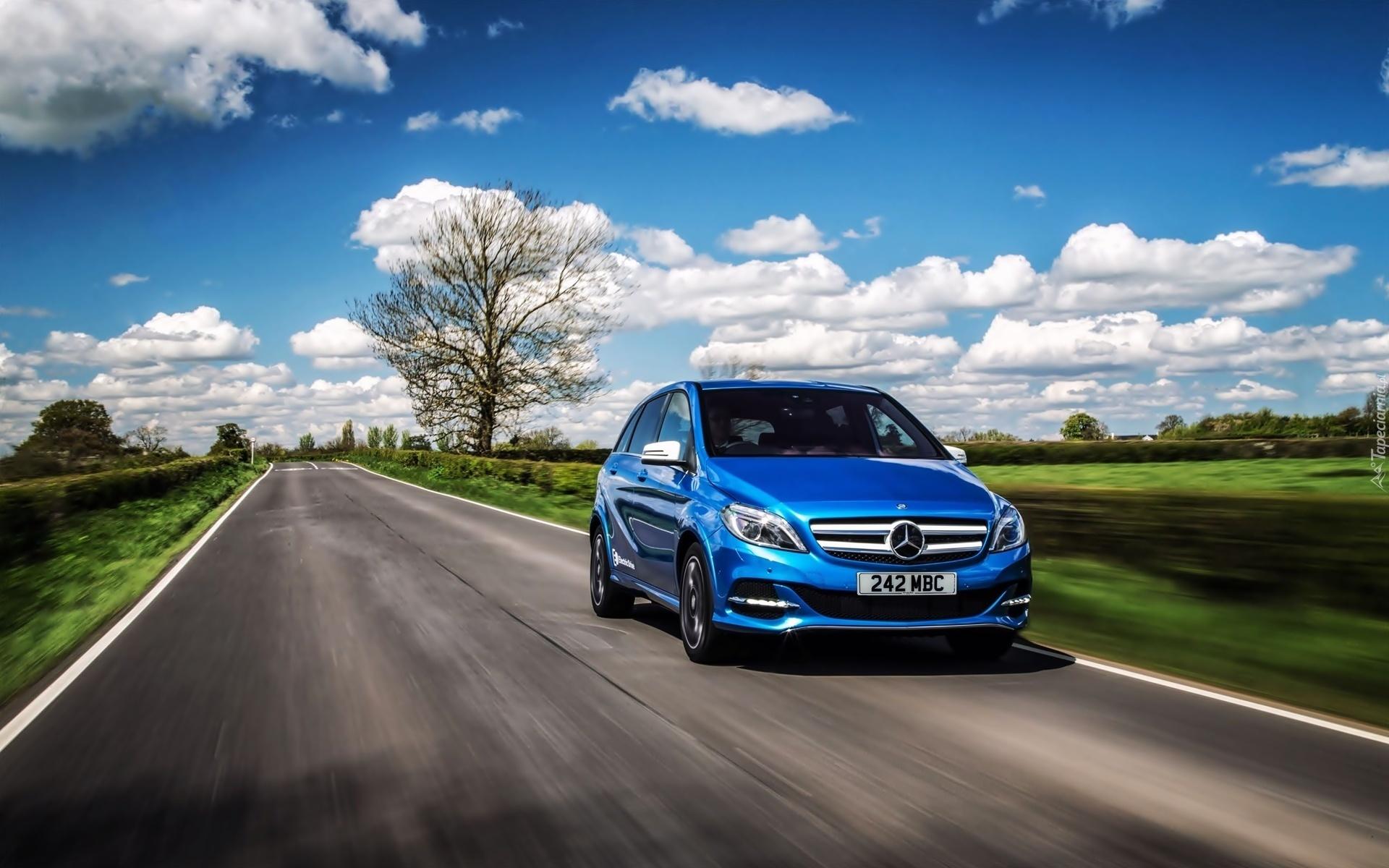 Mercedes Lincoln Ne >> Tapety : Mercedes B-klasa