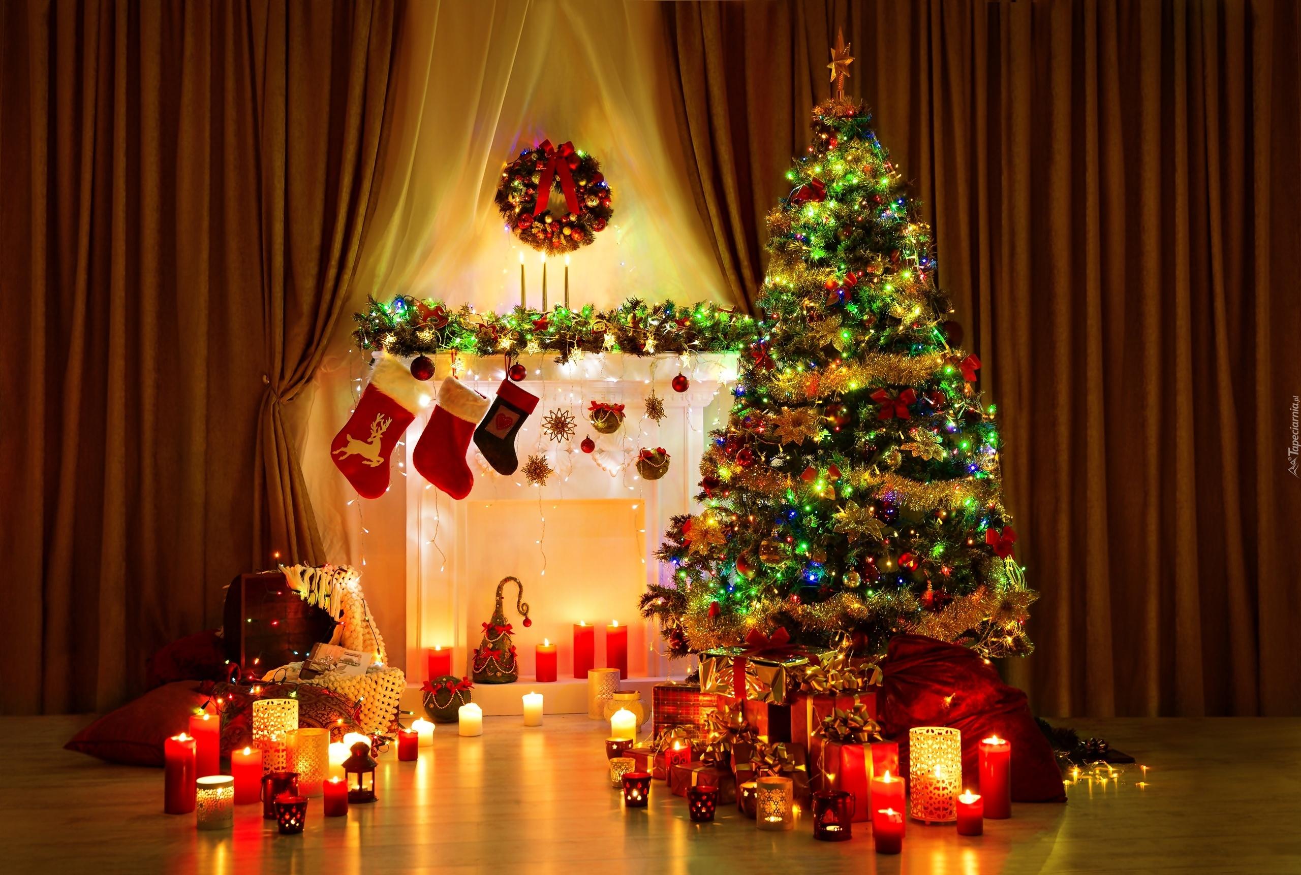 Pokój, Kominek, Choinka, Świece, Prezenty, Boże Narodzenie