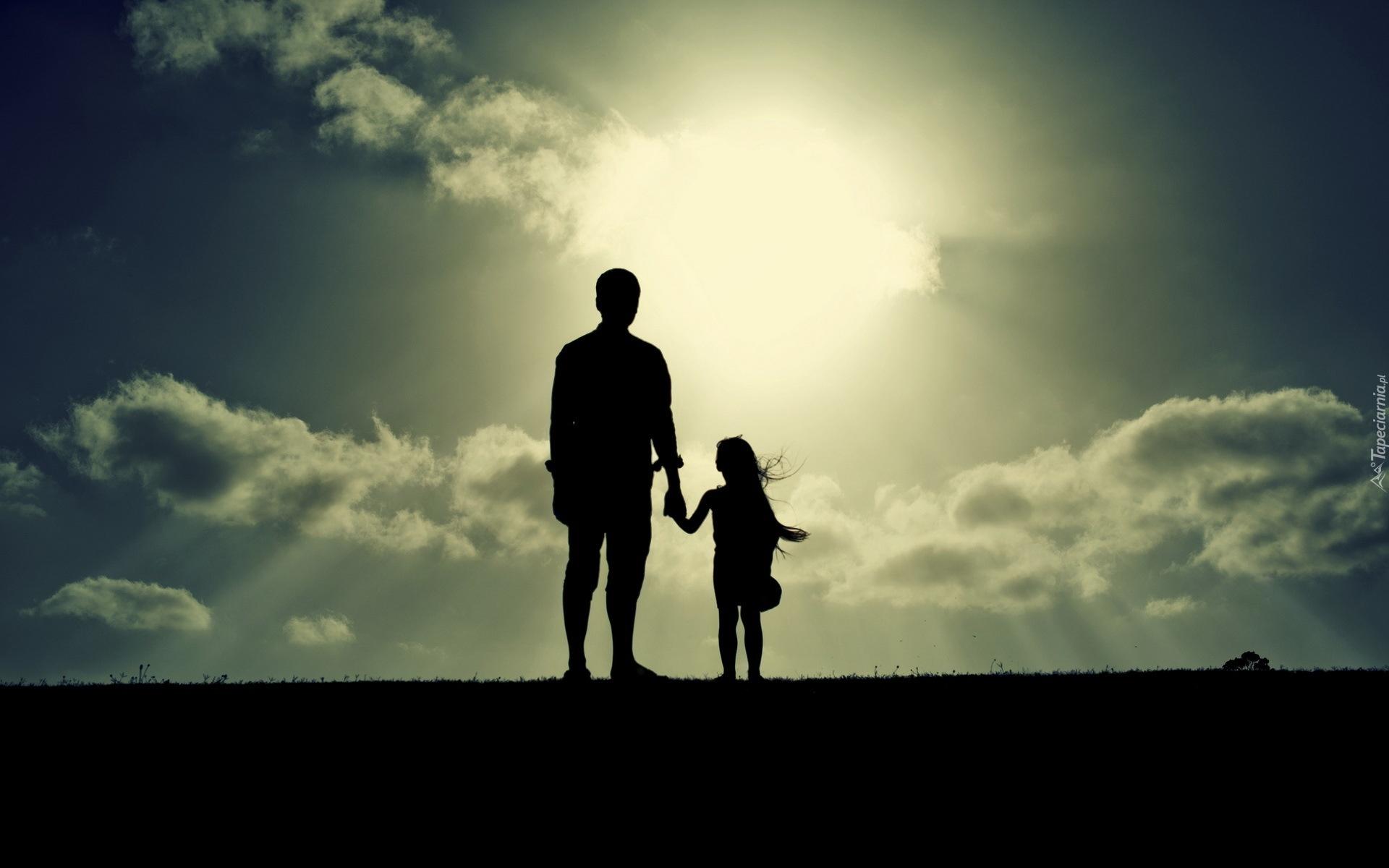 Картинка папа с дочкой со спины