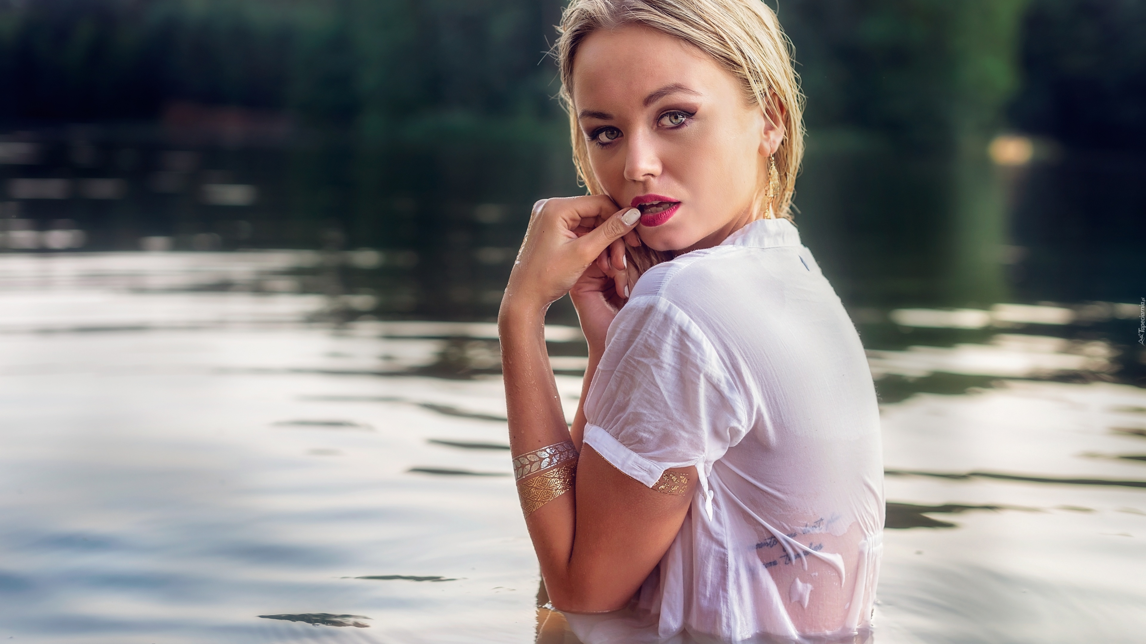 Kobieta Woda Tatuaż