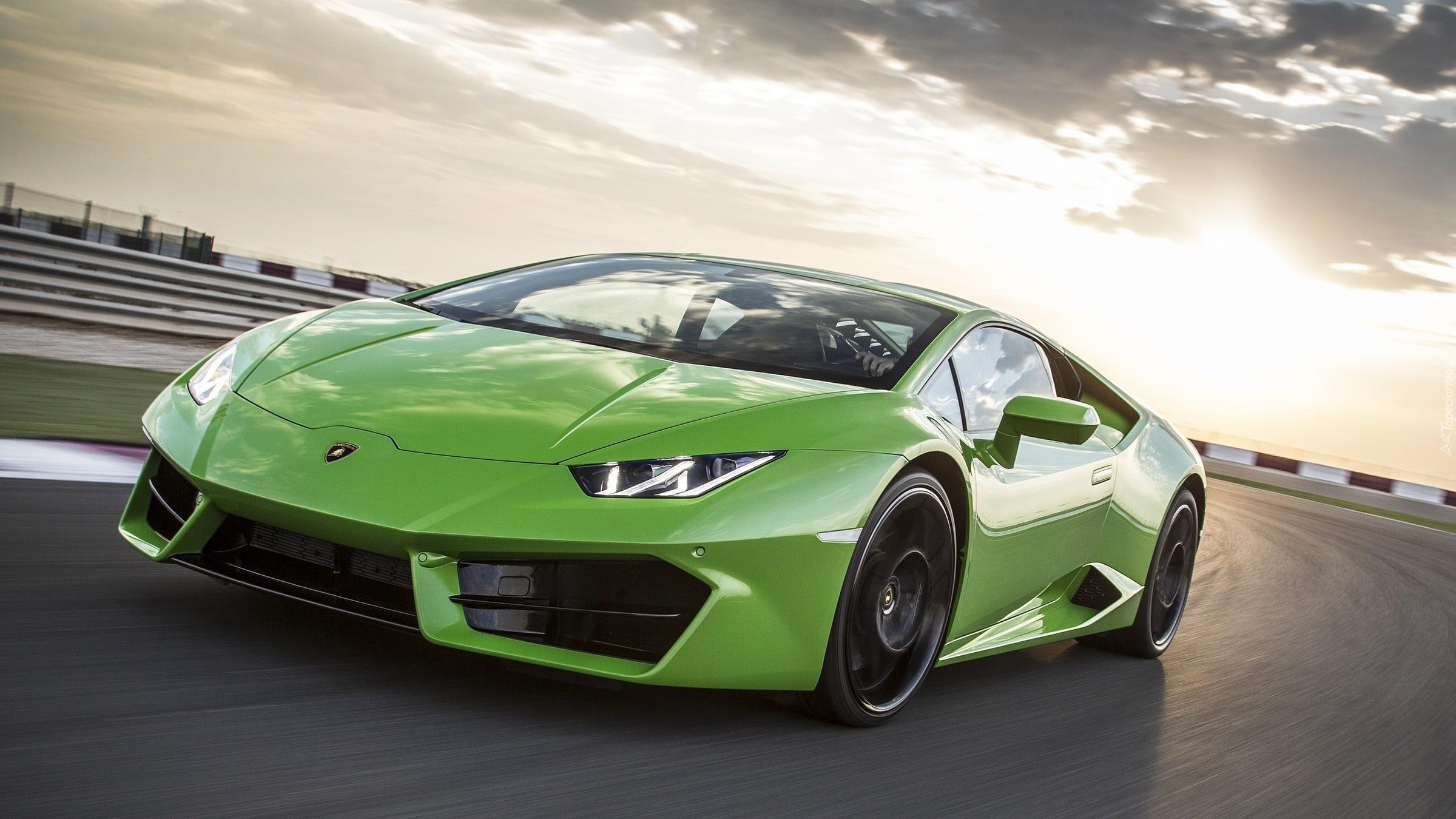 Lamborghini Aventador Zielone