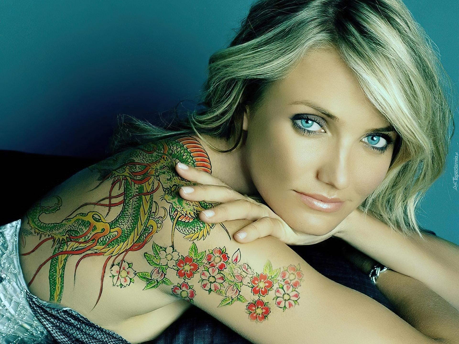 Cameron Diaz Kolorowy Tatuaż