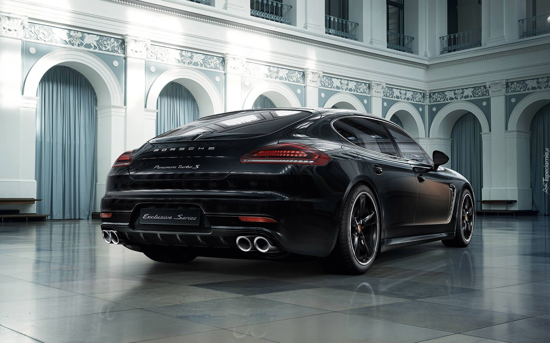 Czarne Porsche 970 Panamera Turbo S MkII 5