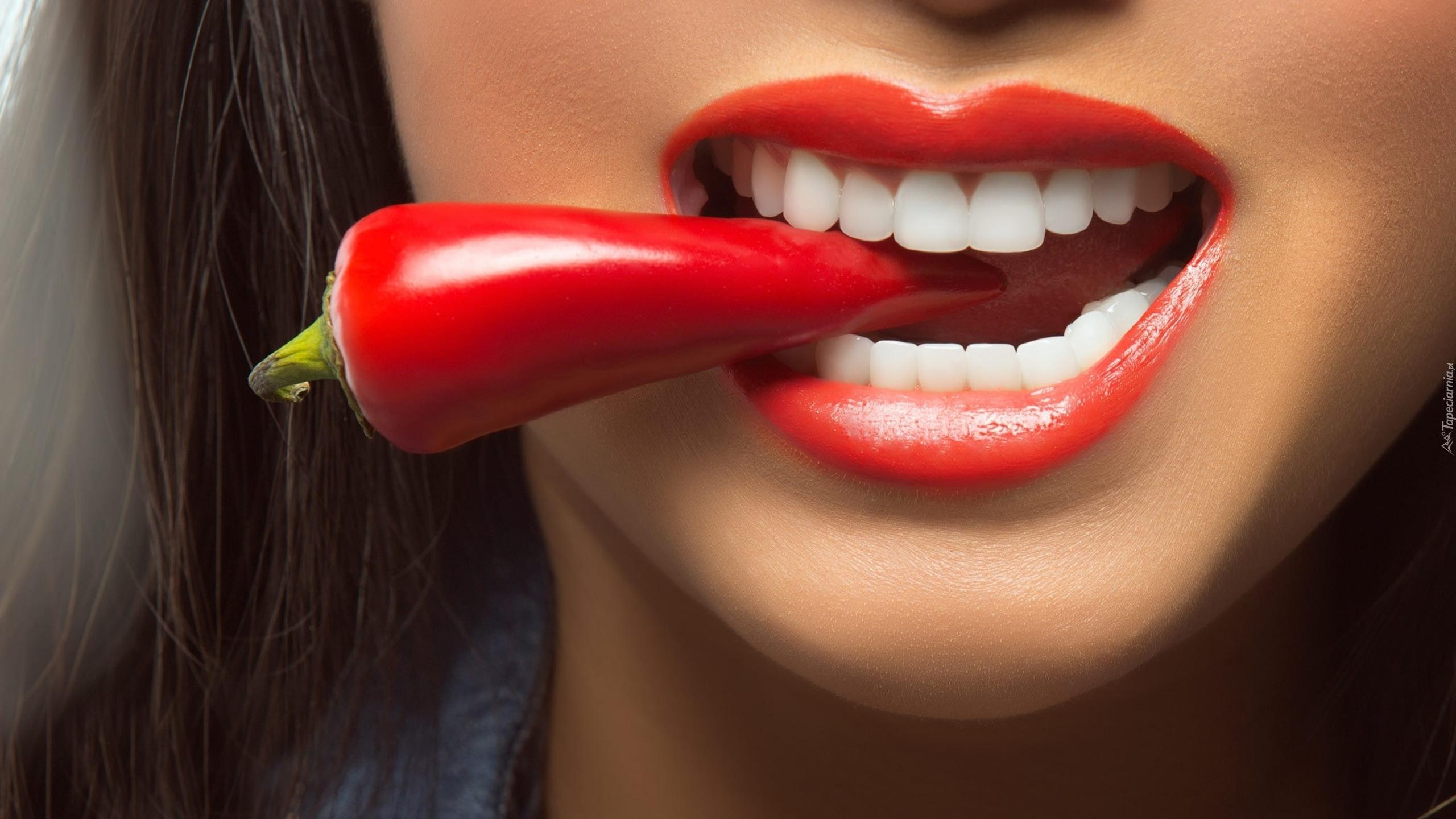 """Risultato immagini per red hot chilli pepper volumizing lip"""""""