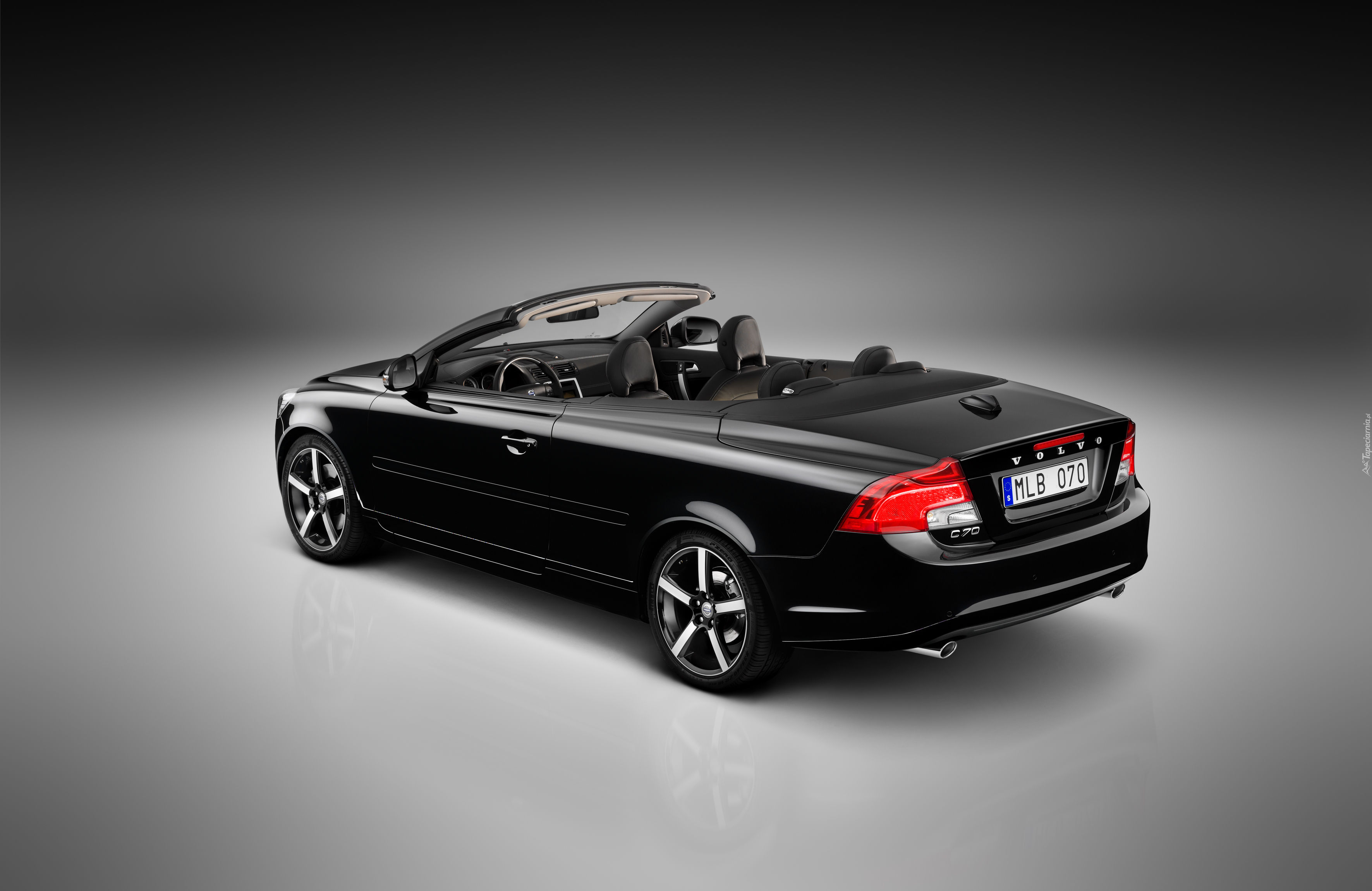 Czarne, Volvo C70 Inscription Edition, 2012