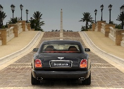 Bentley Brooklands, Most