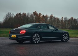 Bentley Continental Flying Spur rocznik 2020