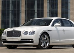 Bentley Flying