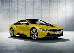 BMW i8 Protonic Frozen Yellow Edition 2018