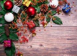 Świąteczne, Prezenciki, Ozdoby, Dzwoneczki, Szyszki, Liście, Bombki
