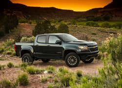 Chevrolet Colorado ZR2 bokiem
