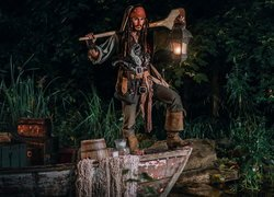 Cosplayer, Pirat, Jack Sparrow, Film, Piraci z Karaibów, Pirates of the Caribbean, Łódka, Latarnia