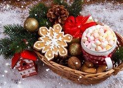 Boże Narodzenie, Koszyk, Kubek, Pianki, Pierniczek, Zawieszka, Karmnik, Bombka, Szyszka, Śnieg