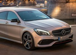 Mercedes-Benz CLA 250 4MATIC