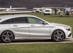 Mercedes-Benz CLA Shooting Brake bokiem