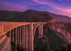 Most Bixby Creek Bridge w Kalifornii