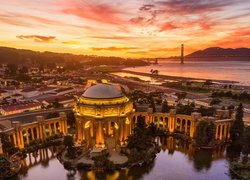 Palace of Fine Arts w San Francisco