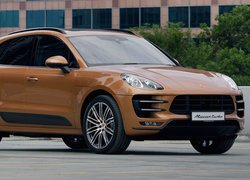 Porsche Macan Turbo, 2014