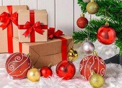 Prezenty, Bombki, Choinka, Boże Narodzenie