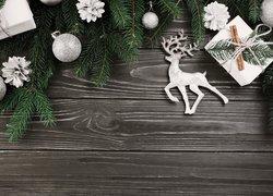 Boże Narodzenie, Świerk, Gałązki, Bombki, Prezenty, Cynamon, Deski